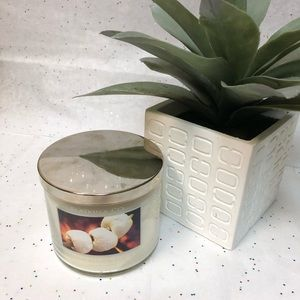 Slatkin & Co Marshmallow Fireside Candle